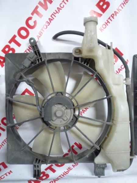 Диффузор радиатора Honda Stream RN1, RN2, RN3, RN4 D17A 2000
