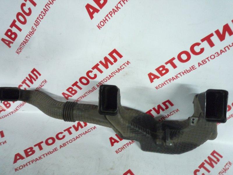 Воздухозаборник Toyota Probox NCP50V, NCP51V, NCP55V, NCP52V, NLP51V,NCP58G, NCP59G 2003