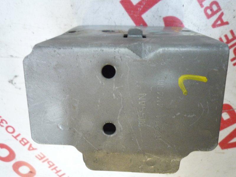 Кронштейн усилителя бампера Nissan Ad VFY11, VY11, VHNY11, VGY11, VENY11, VEY11 2000 левый