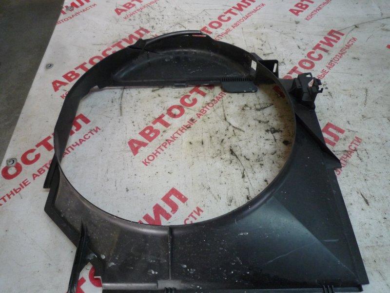 Диффузор радиатора Bmw 3-Series E46 M54B22 2001