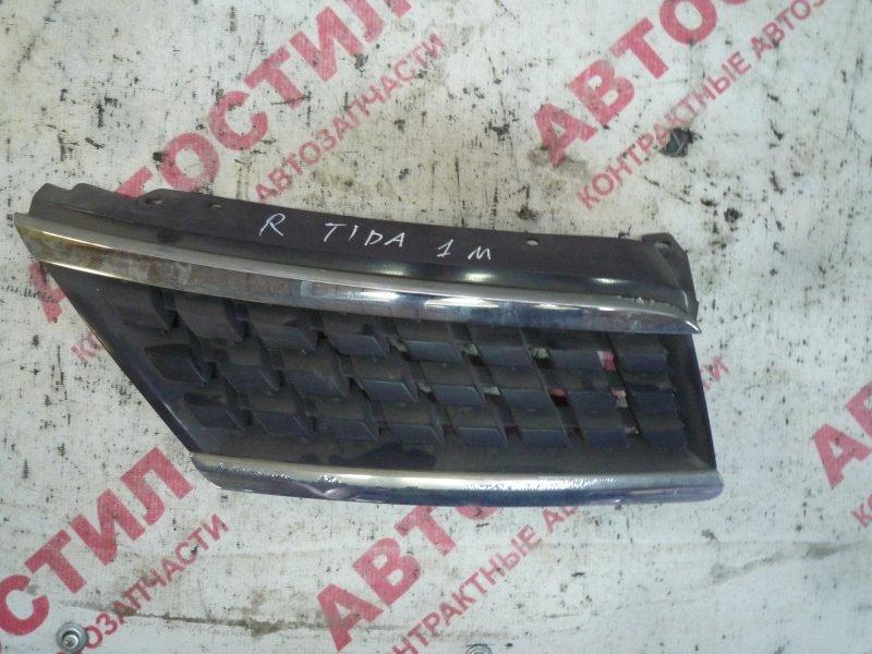 Решетка радиатора Nissan Tiida JC11, C11, NC11,SC11, SJC11, SNC11 HR15 2005 правая