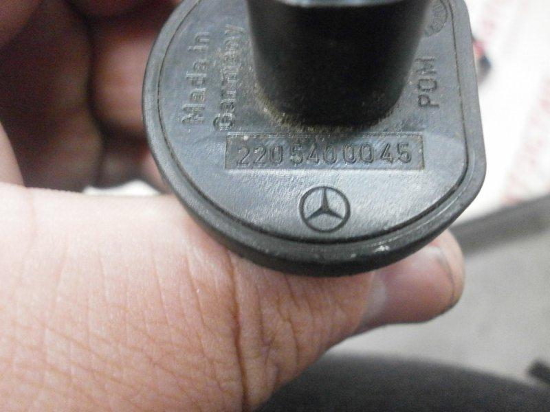 Датчик уровня жидкости в бачке стеклоомывтеля Mercedes-Benz Slk-Class R171 272963 30 011789 272.963 M272 E35