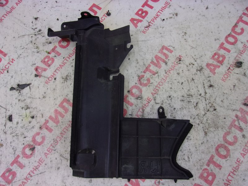 Дефлектор радиатора Nissan Tiida JC11, C11, NC11,SC11, SJC11, SNC11 HR15 2009 правый