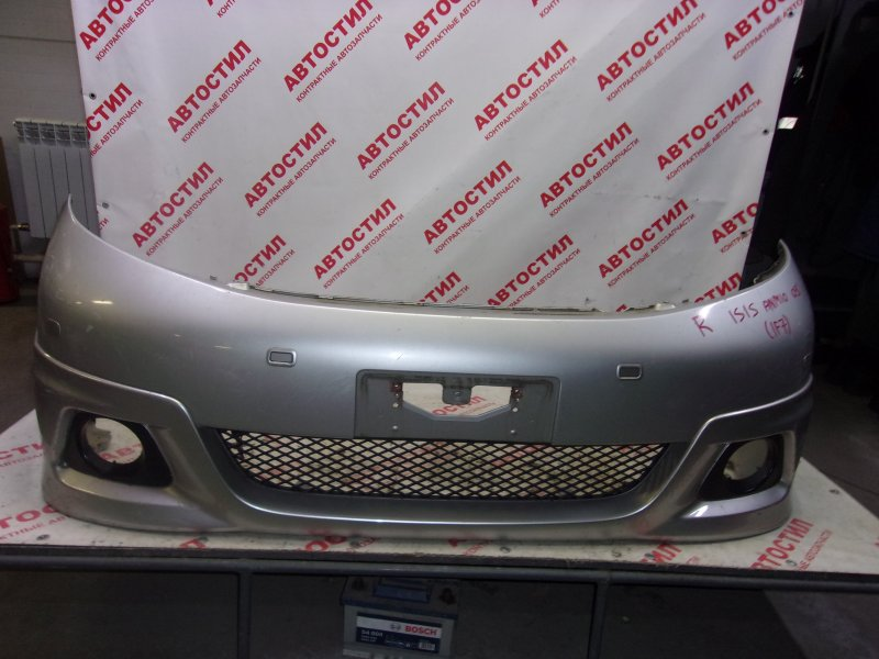Бампер Toyota Isis ANM10G, ANM10W, ANM15G, ANM15W, ZNM10G, ZNM10W, ANM10G, ANM10W, ANM15G, ANM15W 1AZ 2004 передний