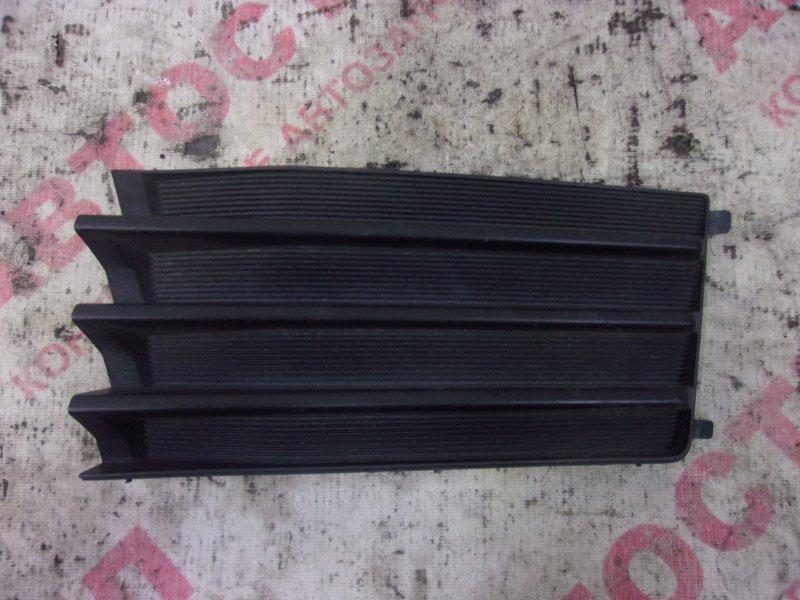 Заглушка бампера Nissan Wingroad WFY11, WHNY11, WHY11, WPY11,WRY11 QG15 2003 левая