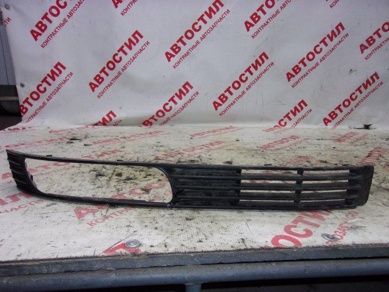 Решетка бамперная Mitsubishi Airtrek CU2W, CU4W 4G63 2001 правая