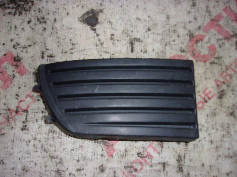 Заглушка бампера Nissan Primera WHNP11, WHP11, WP11, WQP11,HNP11, HP11, P11, HNP11, HP11, QP11 QG18 1999 правая