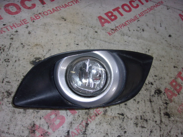 Туманка Mazda Mpv LW3W,LWFW,LW5W L3 2003 левая
