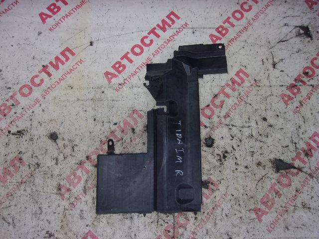 Дефлектор радиатора Nissan Tiida C11, JC11, NC11,SJC11, SC11, SNC11 HR15 2005 правый