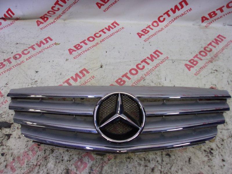 Решетка радиатора Mercedes-Benz B-Class T245 M266 E17 2006