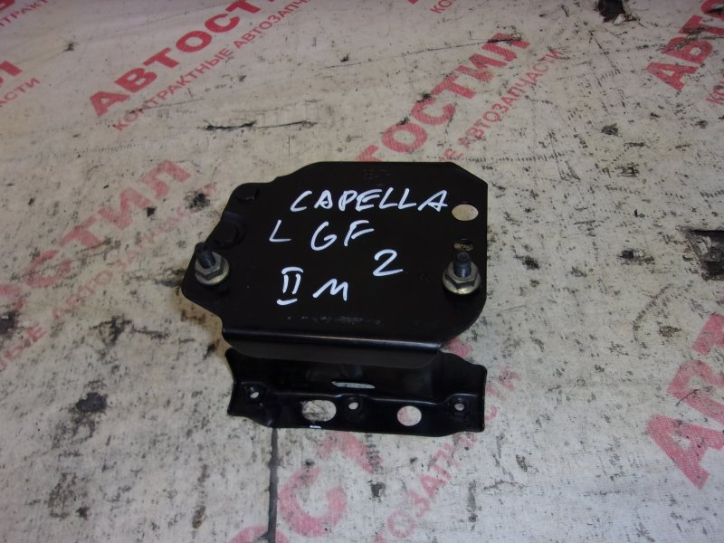 Кронштейн бампера Mazda Capella GF8P, GFEP, GFER, GFFP,GW5R, GW8W, GWER, GWEW, GWFW FS 2001 левый