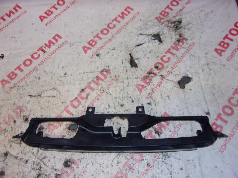 Решетка радиатора Honda Hrv GH1, GH2, GH3, GH4 D16A 1999