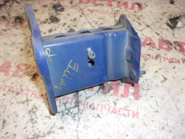 Кронштейн бампера Nissan Note ZE11, E11, NE11 HR15 2005-2012 передний правый