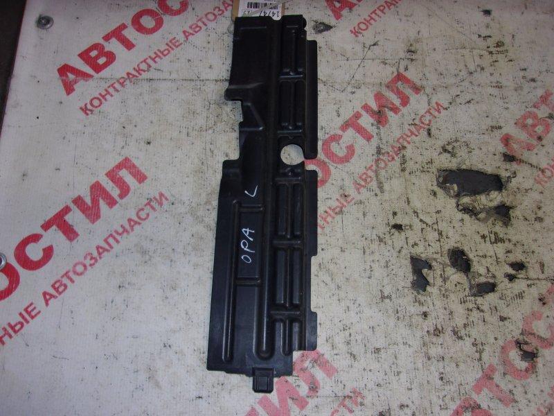 Дефлектор радиатора Toyota Opa ACT10, ZCT10, ZCT15 1ZZ 2000