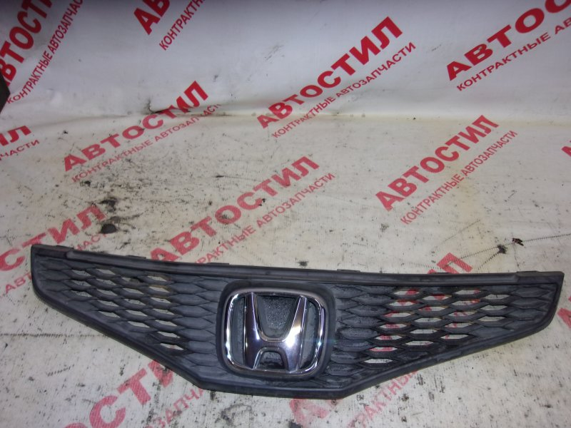 Решетка радиатора Honda Fit GE6, GE7, GE8, GE9,GP1 L15A 2008