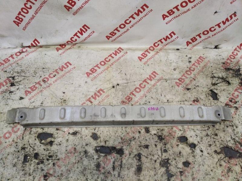 Усилитель бампера Toyota Nadia SXN15, SXN15H, ACN10, ACN10H, ACN15, ACN15H 3S 2000 передний