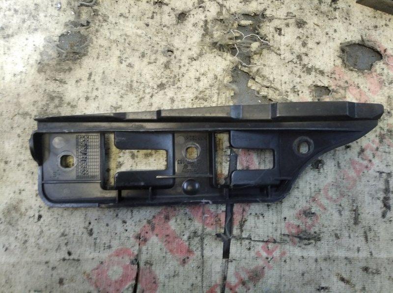 Крепление бампера Volkswagen Jetta MK5 BLG 2008 переднее левое