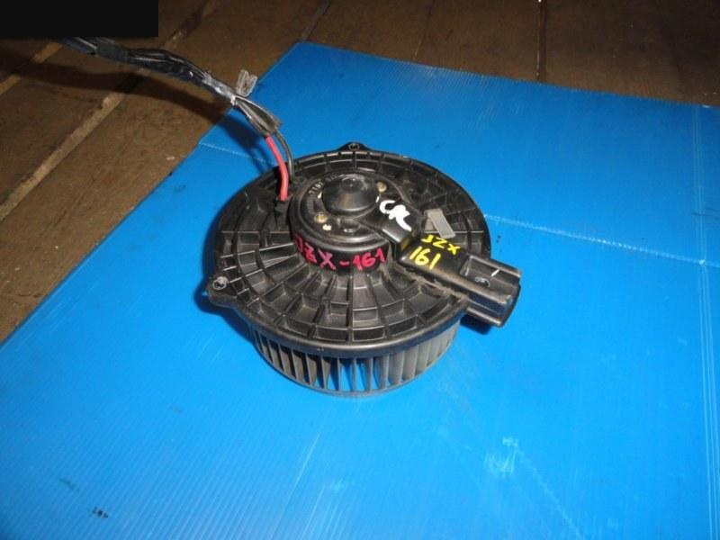 Вентилятор (мотор отопителя) Toyota Aristo JZS161 1997 передний