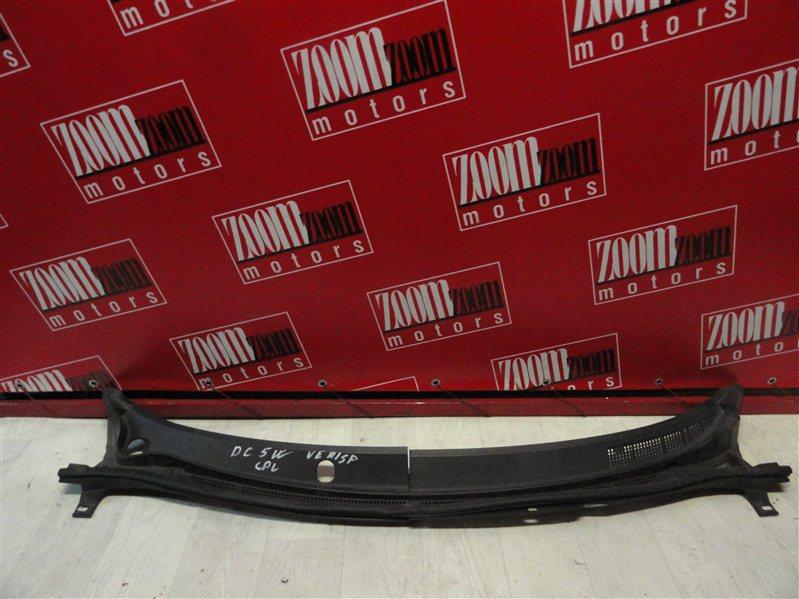 Решетка под лобовое стекло Mazda Verisa DC5W 2004 передняя