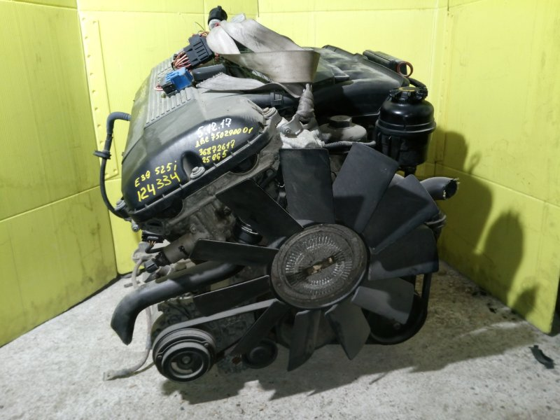 Двигатель Bmw 525I E39 M52 B25 1999 7502900