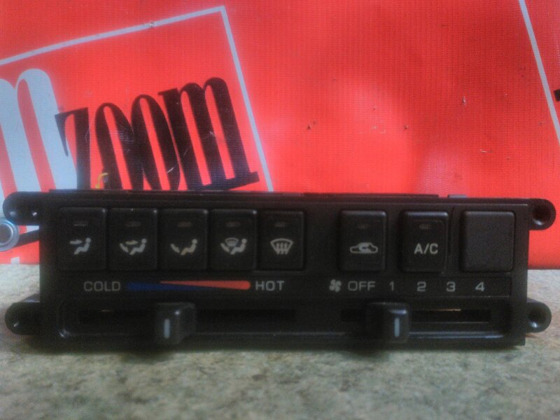 Блок управления отоплением и вентиляцией Nissan Prairie Joy PNM11 SR20DE 1995