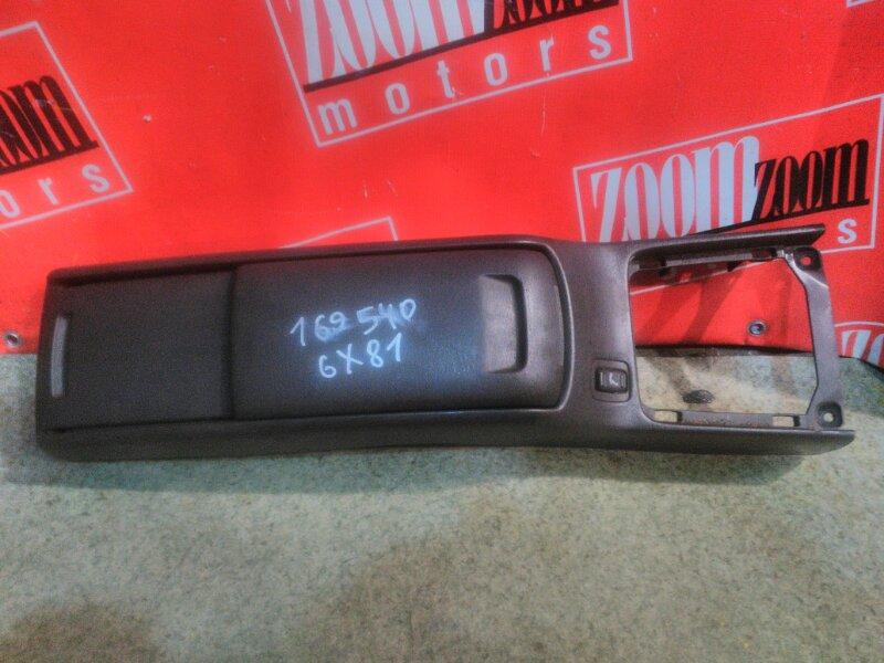Подлокотник Toyota Mark Ii GX81 1G-GE 1988 коричневый