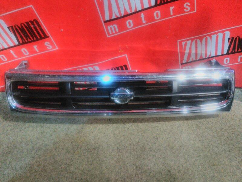 Решетка радиатора Nissan Prairie Joy PNM11 SR20DE 1995