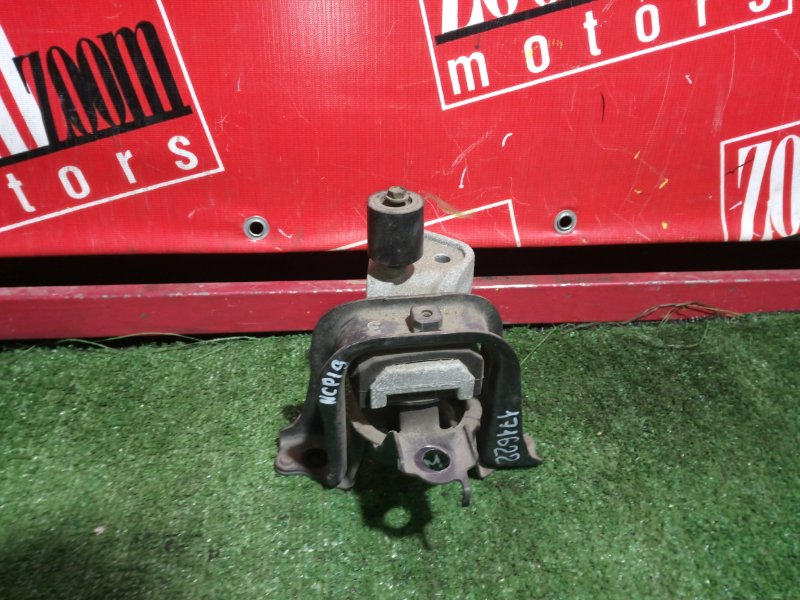 Подушка двигателя Toyota Will Vi NCP19 1NZ-FE 2000 передняя правая