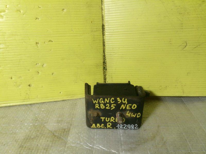 Подушка двигателя Nissan Stagea WGNC34 RB25DET правая