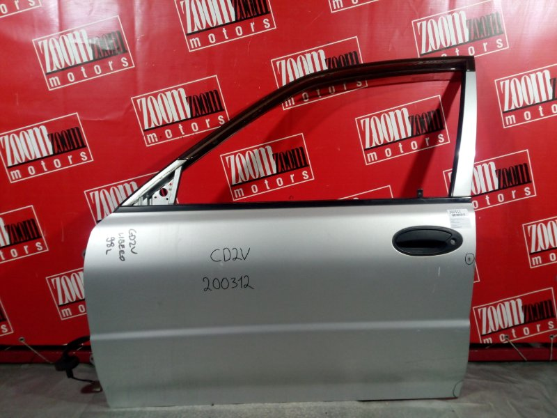 Дверь боковая Mitsubishi Libero CD2V 4G15 передняя левая серебро