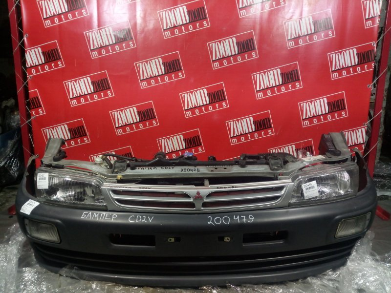 Бампер Mitsubishi Libero CD2V 4G15 1998 передний черный