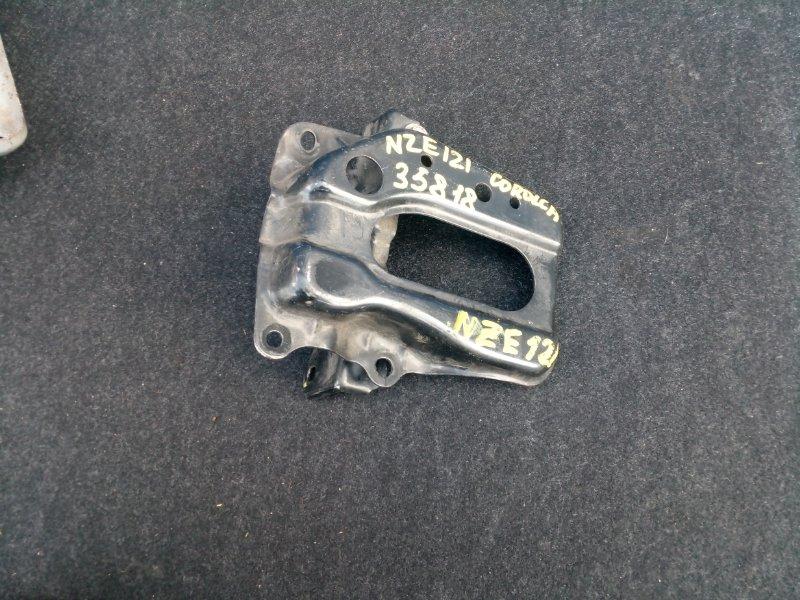 Полка под аккумулятор Toyota Corolla NZE120 1NZ-FE