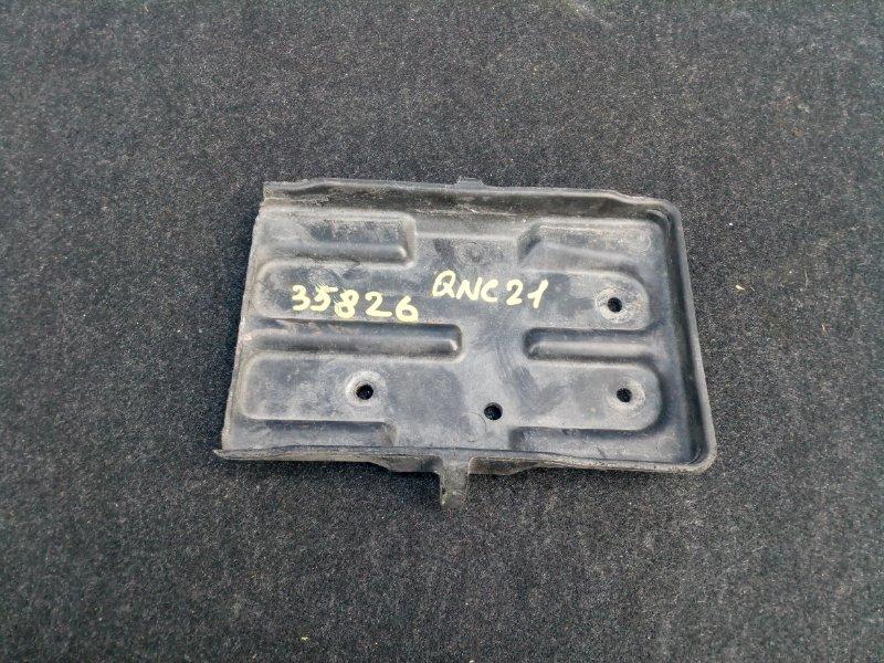 Полка под аккумулятор Toyota Bb QNC21 K3-VE