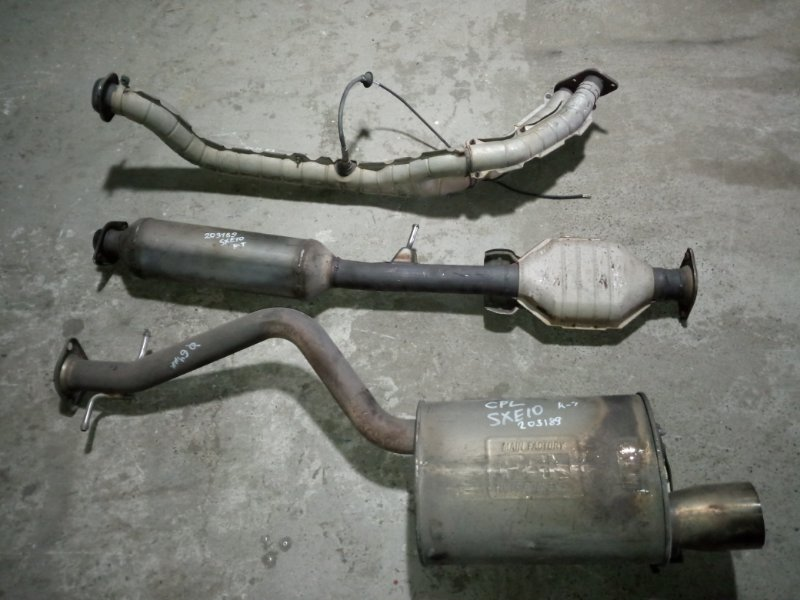 Глушитель Toyota Altezza SXE10 3S-GE 2001