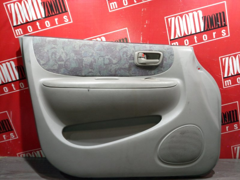 Обшивка двери Toyota Corolla Spacio AE111 4A-FE 1995 передняя