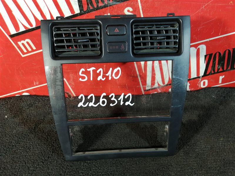 Консоль панели приборов Toyota Caldina ST210 3S-FE 1996