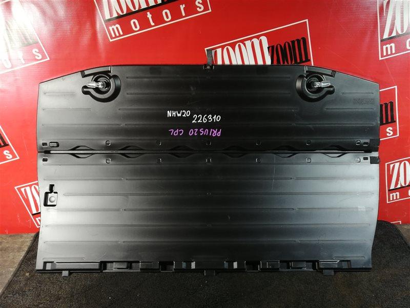 Пол багажника Toyota Prius NHW20 1NZ-FXE 2003 задний