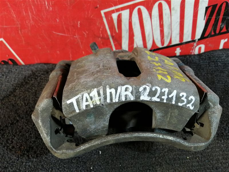 Суппорт Honda Avancier TA1 F23A 1999 передний правый