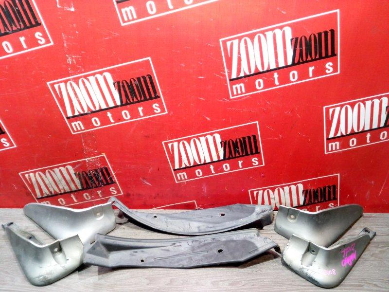Брызговик Nissan Primera WTP12 QR20DE 2000 серебро