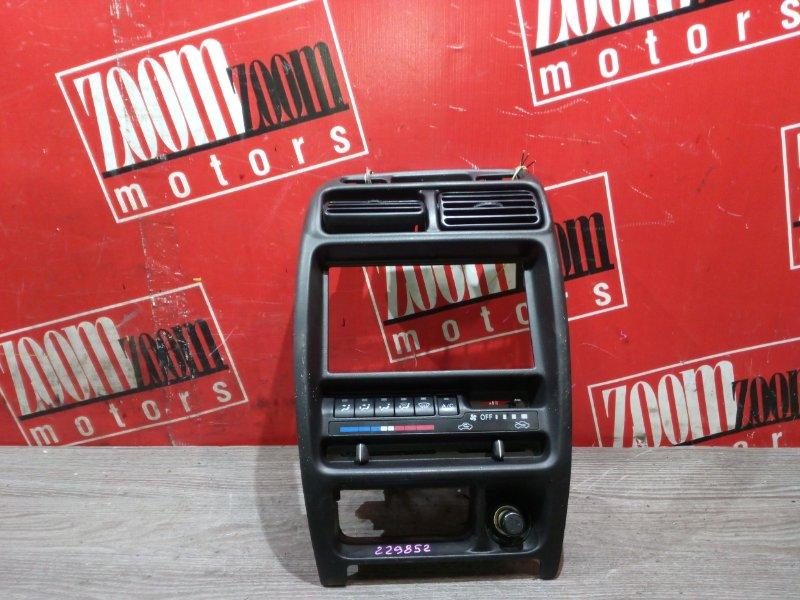 Рамка (консоль магнитофона) Suzuki Cultus GC21W G15A 1996 передняя