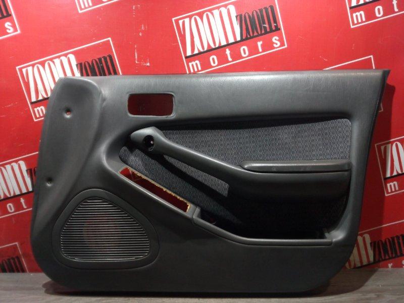 Обшивка двери Toyota Camry SV30 4S-FE 1990