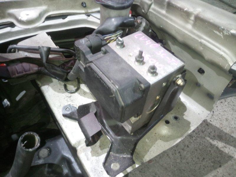 Блок abs (модулятор abs) Toyota Camry CV40 3C-T 1997