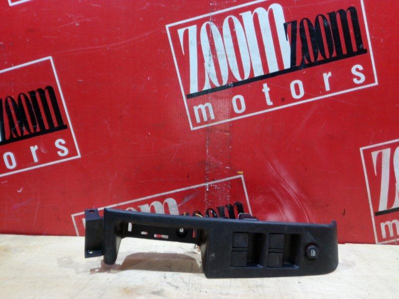 Блок управления стеклоподъемниками Honda Airwave GJ1 L15A 2005 передний правый