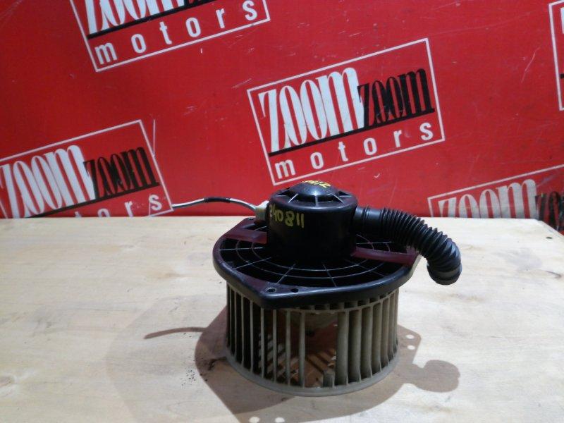 Вентилятор (мотор отопителя) Nissan Liberty RM12 QR20DE 1999 передний