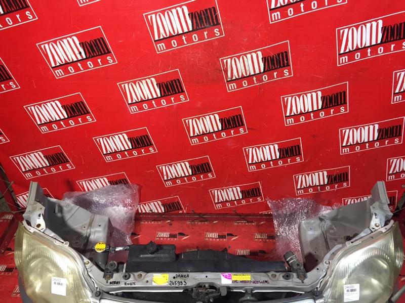 Рамка радиатора Toyota Corolla Runx NZE121 1NZ-FE 2001 передняя серебро