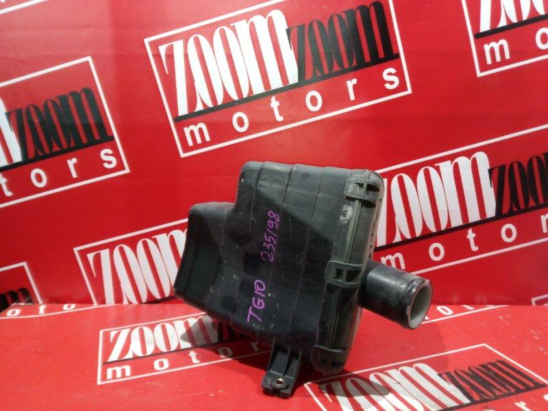 Резонатор воздушного фильтра Nissan Bluebird Sylphy TG10 QR20DD 2000 передний