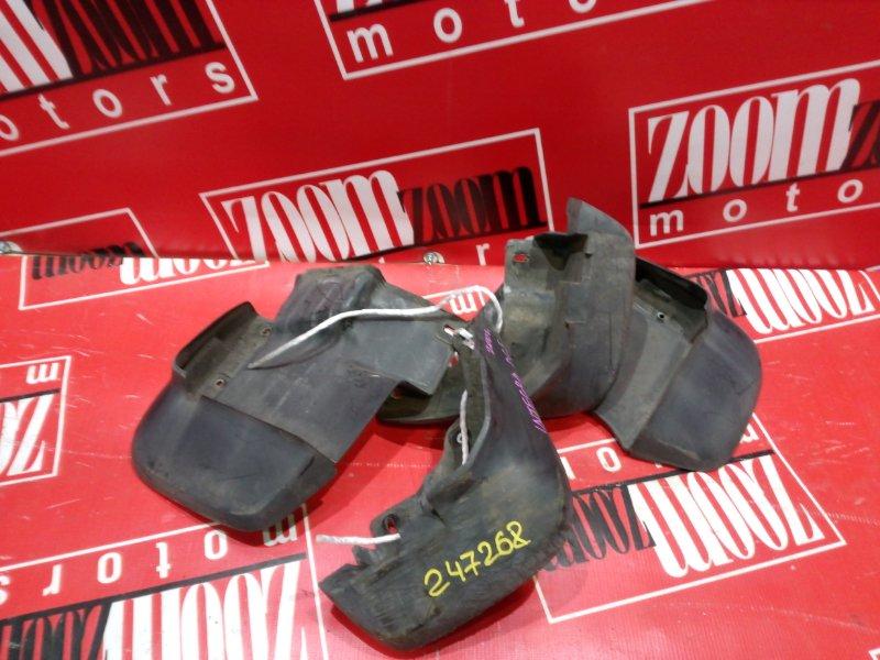 Брызговик Honda Integra DC5 K20A 2001 черный