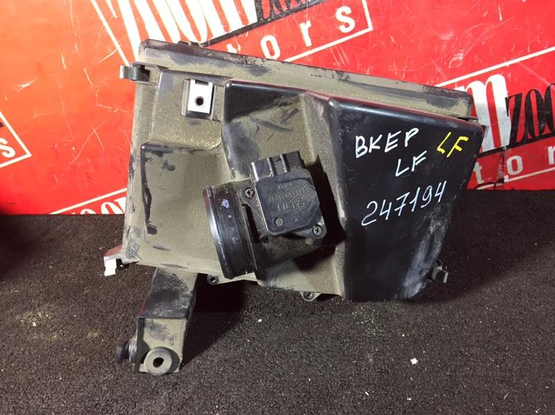 Корпус воздушного фильтра Mazda Axela BK5P LF-VE 2003