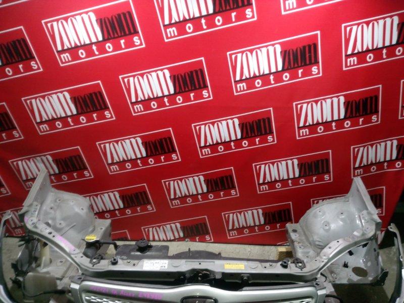 Рамка радиатора Toyota Allex NZE121 1NZ-FE 2000 передняя серебро