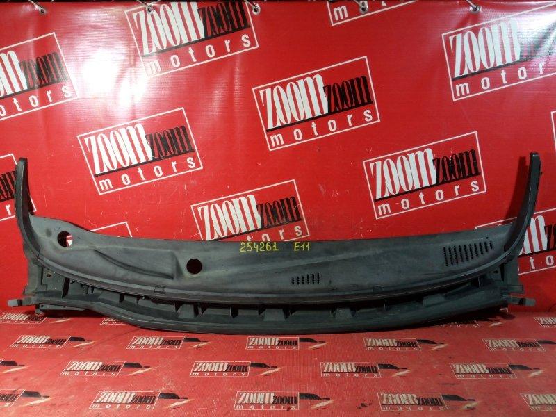 Решетка под лобовое стекло Nissan Note E11 HR15DE 2004